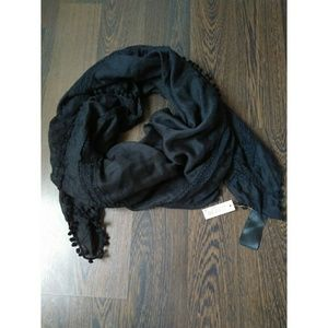 H&M black embroidered scarf NWT